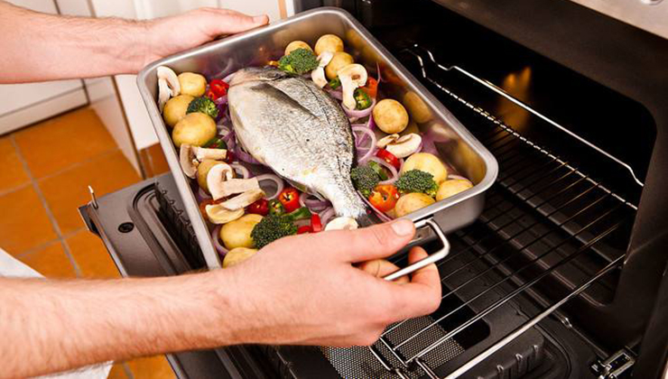 冬季饭菜容易凉 金利集成灶为您排忧解难